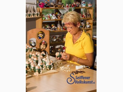 Schauwerkstatt der traditionellen Handwerkstechniken Seiffener Volkskunst eG 17