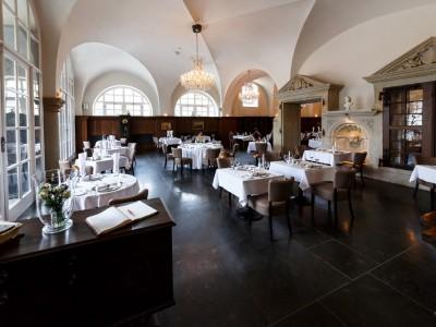 """Restaurant """"Remise"""" im Schloßhotel Purschenstein 3"""