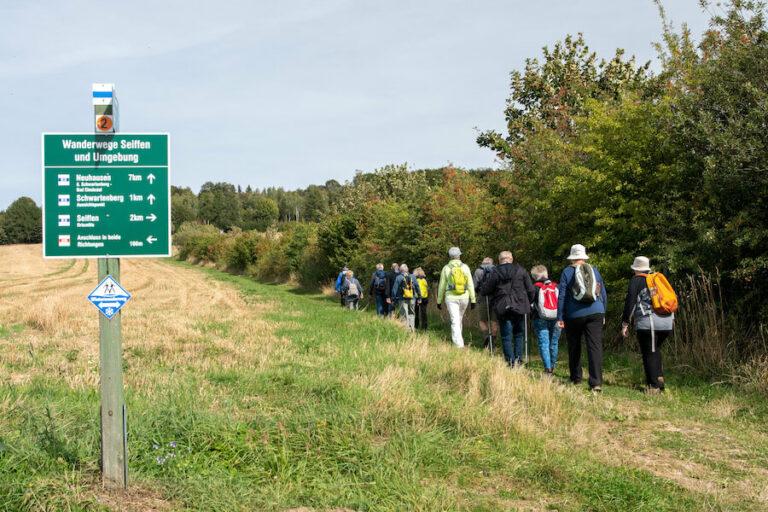 Wandergruppe in Seiffen