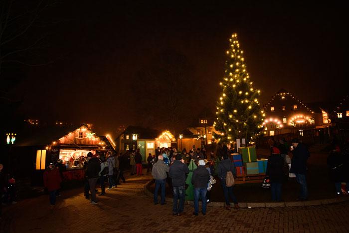 Seiffener Weihnachtsmarkt abends