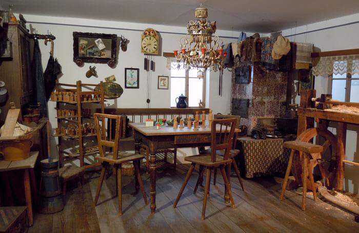 Spielzeugmacher-Stube im Erzgebirgischen Spielzeugmuseum Seiffen