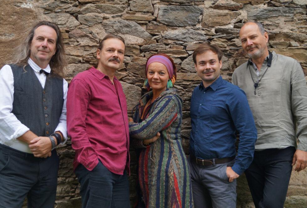 Annett Illig und Stellmäcke mit Band am 29.Oktober 2021 2